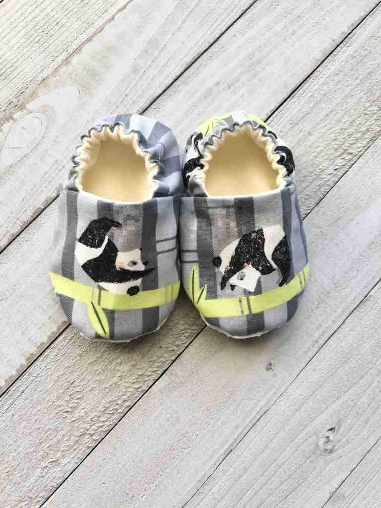 Panda Rolling Crib Shoes
